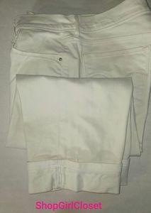 Levi 515 Capri jean...white...Size 12